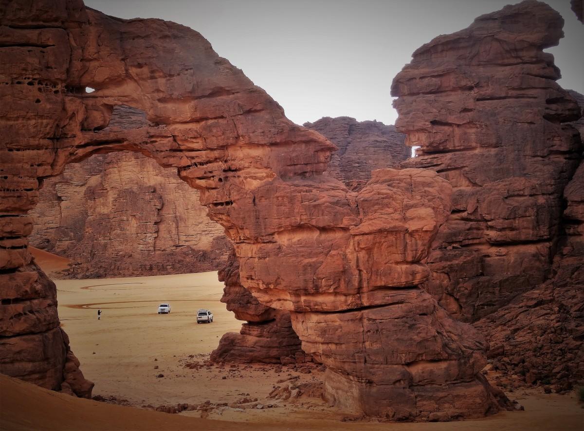 Zdjęcia: Tikoubene, Sahara, 9 dni w 7 niebie: Spektakularne Miejsce Miecza, ALGIERIA