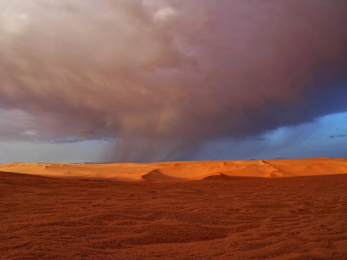 Zdjęcia: Tin Merzouga, Sahara, 9 dni w 7 niebie: uwaga, uwaga, nadchodzi!, ALGIERIA