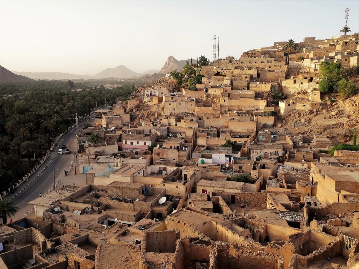 Zdjęcia: Miasteczko na południowym wschodzie, Sahara, 9  dni w  siódmym niebie - Djanet, ALGIERIA