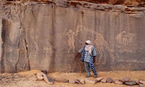 Zdjecie ALGIERIA / Sahara / Tadrart / 9 dni w 7 niebie: Żyły tu, zanim piasek zapanował nad wszystkim