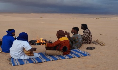 Zdjecie ALGIERIA / Sahara / Tadrart / 9 dni w 7 niebie: Uwaga,uwaga, nadchodzi...