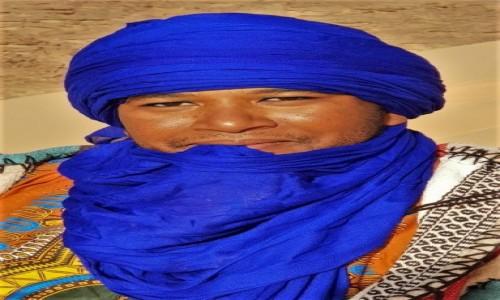 Zdjecie ALGIERIA / Sahara / Tadrart / 9  dni w  siódmym niebie - charyzmatyczny przywódca tuareskiej ekipy