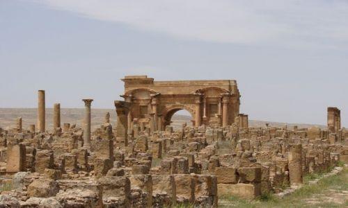 Zdjecie ALGIERIA / Timgad / Timgad / ruiny rzymskieg