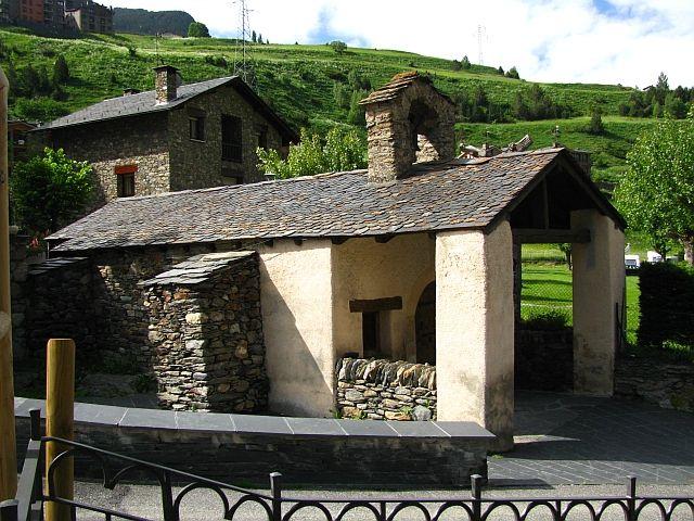 Zdjęcia: Canillo, Pireneje, wiejski kościółek, ANDORA