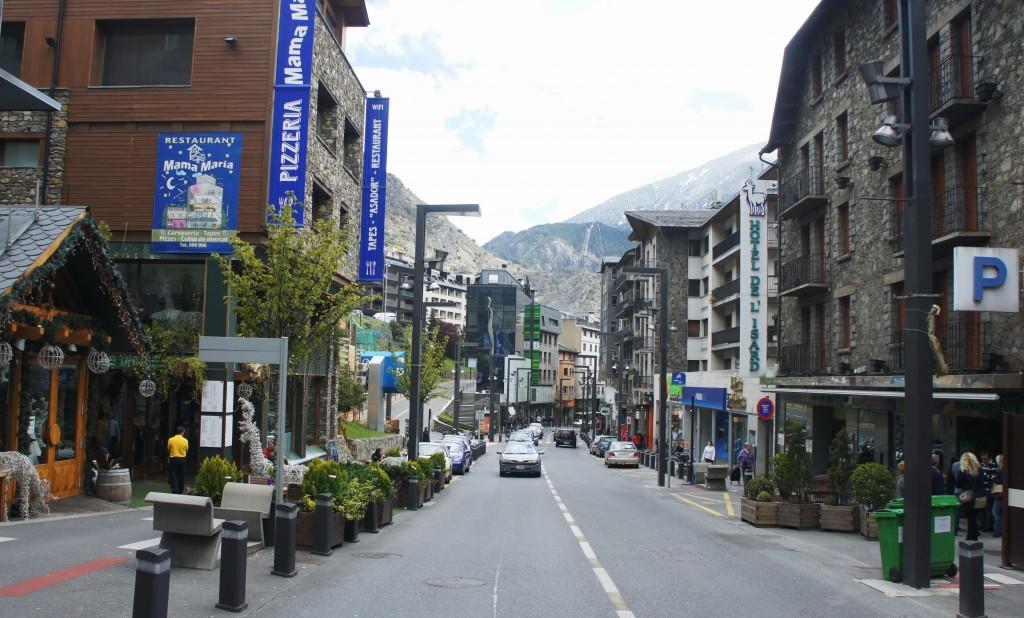 Zdjęcia: Andora, Pireneje, Ulice miasta, ANDORA