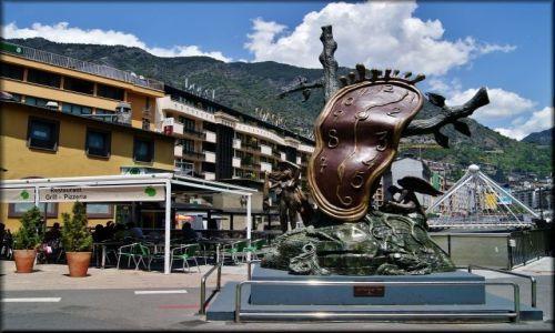 Zdjęcie ANDORA / Andorra La Vella / Andorra La Vella / La noblesse du temps
