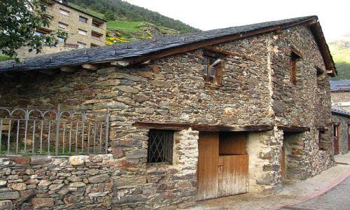 Zdjecie ANDORA / Pireneje / Soldeu / tradycyjna zabudowa