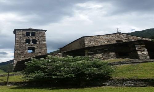 Zdjecie ANDORA / parafia Canillo / Canillo-kościół Sant Joan de Caselles  / Kraj dla miłośników architektury romańskiej