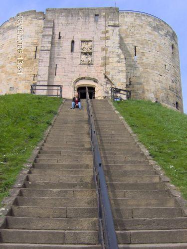 Zdj�cia: YORK, Yorkshire, Tower of York, ANGLIA