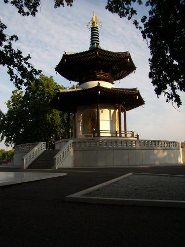 Zdjęcia: BATERSEA PARK, LONDYN, BUDDA, ANGLIA