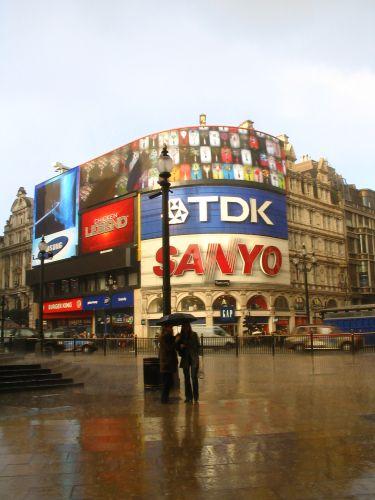 Zdjęcia: picadilly, deszczyk, ANGLIA