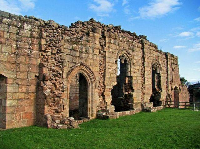 Zdjęcia: Spoffarth, North Yorkshire, zamek wSpofforth, ANGLIA