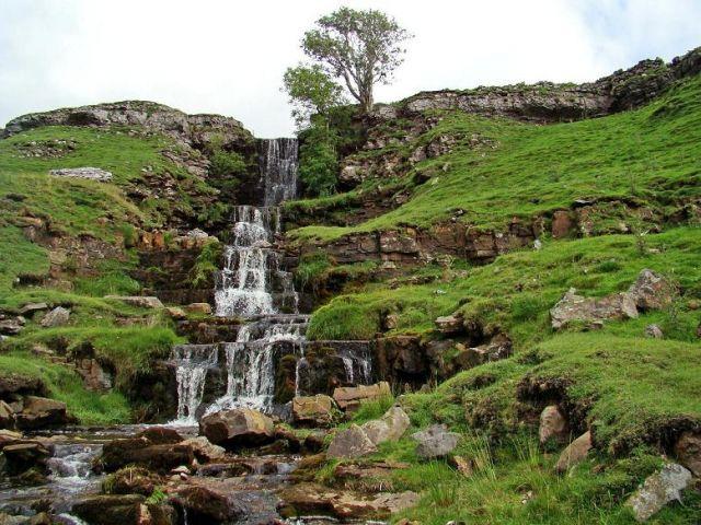 Zdjęcia: okolice Threshfield, North Yorkshire, malowniczy potok - powiedzmy gorski, ANGLIA