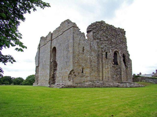 Zdj�cia: Bowes, North Yorkshire, Bowes Castle, ANGLIA