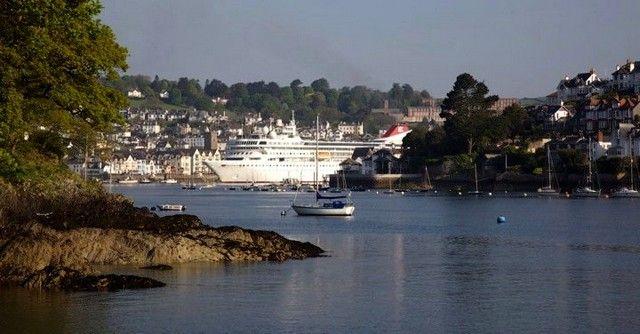 Zdjęcia: Dartmouth, Devon, Breamer in Dartmouth 2, ANGLIA