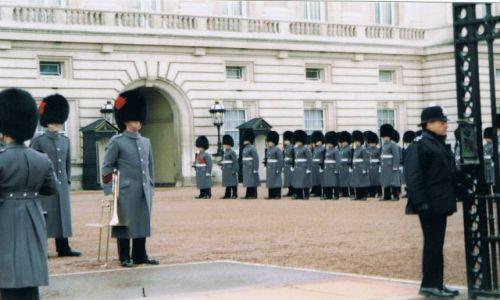 Zdjęcie ANGLIA / - / Londyn / Zmiana warty