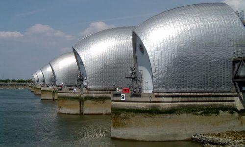 Zdjecie ANGLIA / brak / Londyn, Thames Barrier / Londyn - Wielka zapora przeciwpowodziowa