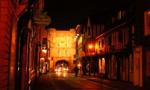 Zdjecie ANGLIA / Yorkshire / YORK / York nocą