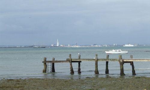 Zdjęcie ANGLIA / Isle Of White / poludniowa anglia / Portmouth w tle3