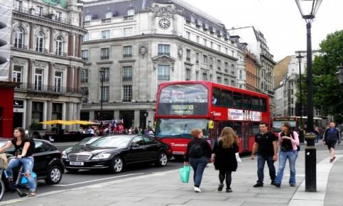 Zdjęcie ANGLIA / Wielki Londyn / Londyn / Londyńska ulica