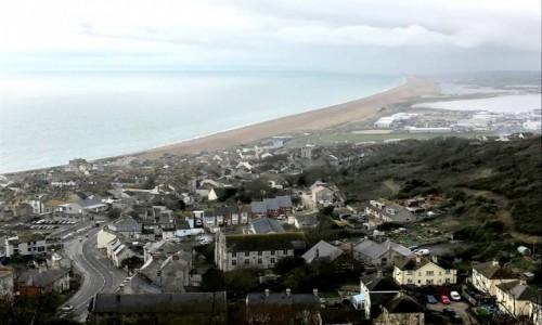 Zdjecie ANGLIA / Dystrykt Weymouth / Portland (ang. Isle of Port/and) - wyspa / Widok na miasto i wieś