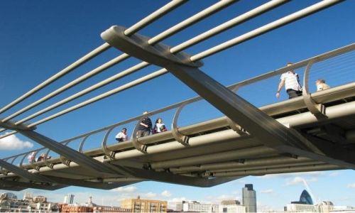 Zdjecie ANGLIA / brak / Londyn / Millennium bridge