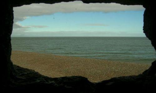 Zdjęcie ANGLIA / Norfolk / okolice Cromer / Pollska???(widok z wnetrza bunkru)