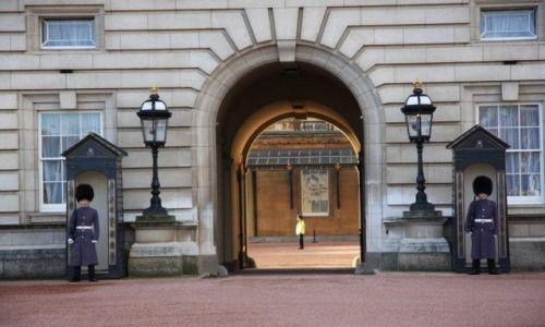Zdjecie ANGLIA / Buckingham Palace / Londyn  / Buckingham Palace
