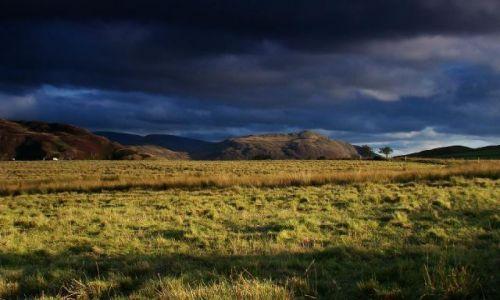 Zdjęcie ANGLIA / Cumbria / okolice Thornythwaite / koniec pieknego dnia