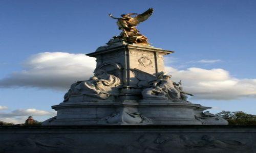 ANGLIA / - / Londyn / Victoria Monument