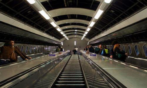 ANGLIA / - / Londyn / Schody underground