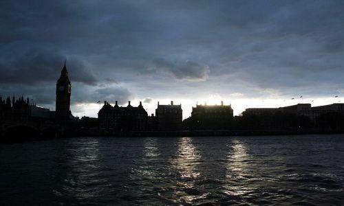 ANGLIA / - / Londyn / Wieczorny widok nad Tamizą