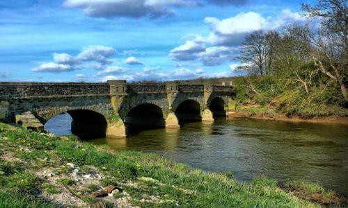 Zdjęcie ANGLIA / West Sussex / Amberley / Most w Amberley
