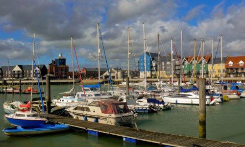 Zdjęcie ANGLIA / West Sussex / Littlehampton / Przystań