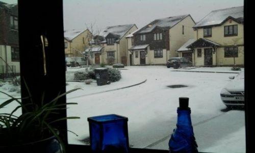 Zdjęcie ANGLIA / Devon / Dartmouth / śnieg za oknem
