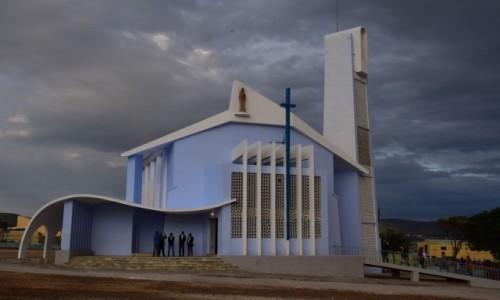 Zdjecie ANGOLA / Huila / Lubango / Przed burzą