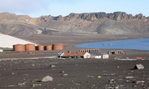 Zdjecie ANTARKTYDA / Deception Island / Wyspa zwodnicza / Opuszczona baza wielorybnicza