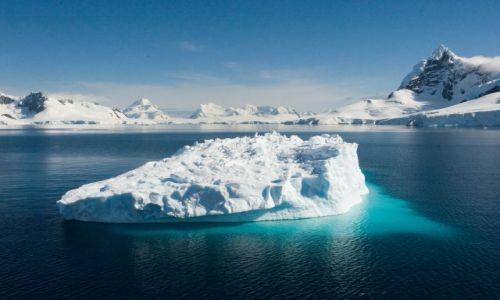 Zdjęcie ANTARKTYDA / Półwysep Antarktyczny / Paradise Harbour / Paradise Harbour