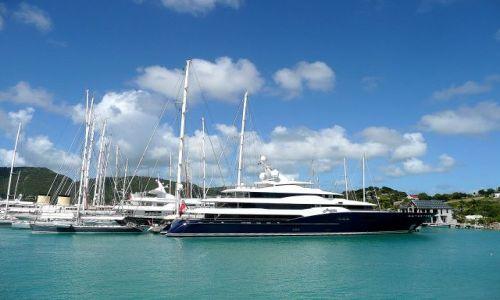 Zdjęcie ANTIGUA I BARBUDA / Antigua / south coast / Jachty w English Harbour 2