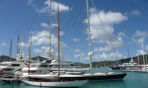 Zdjęcie ANTIGUA I BARBUDA / Antigua / south coast / Jachty w English Harbour 4