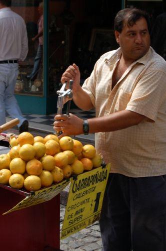 Zdjęcia: Buenos Aires, Dzielnica San Telmo, Wyciskacz soków, ARGENTYNA