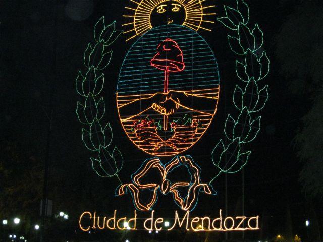 Zdjęcia: Neon miasta Mendoza w Argentynie, Neon, ARGENTYNA