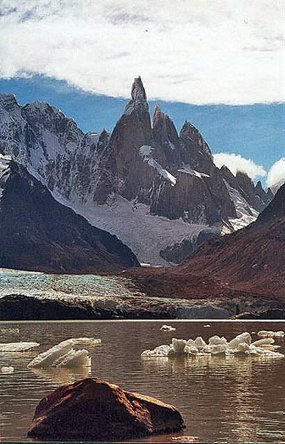Zdjęcia: laguna Torre u stòp Cerro Torre, Patagonia, slonce juz nisko, ARGENTYNA