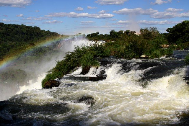Zdjęcia: Puerto Iguazu, z tecza w tle, ARGENTYNA