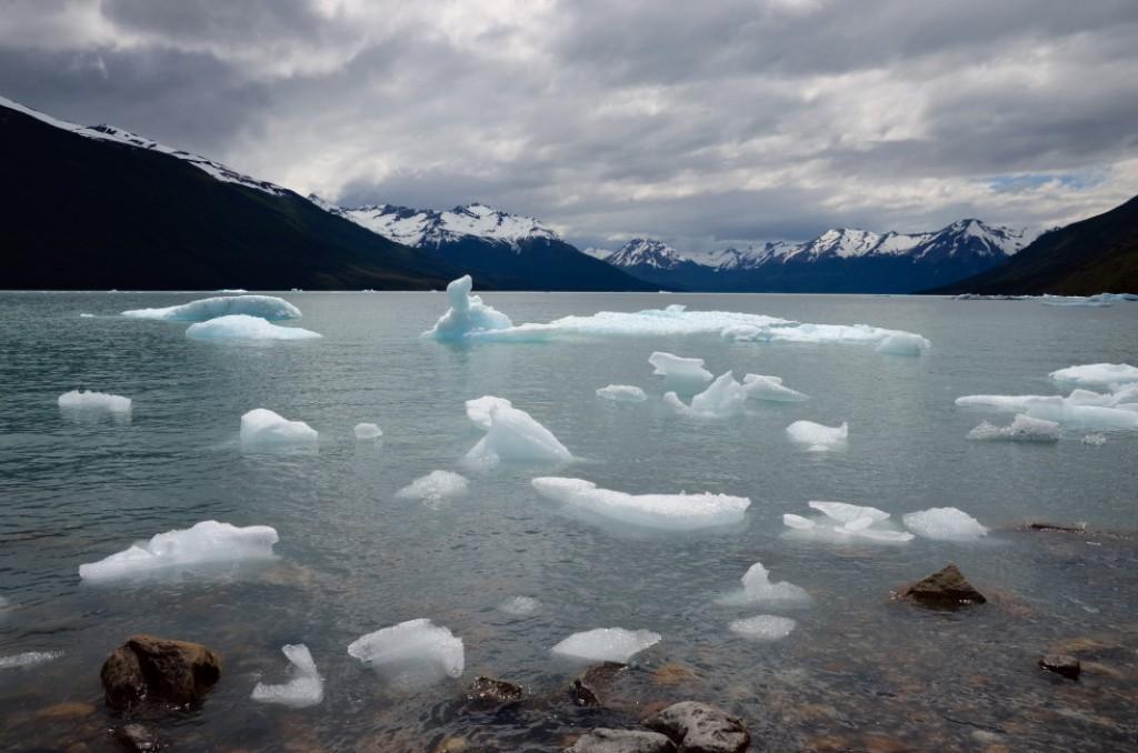 Zdjęcia: Perito Moreno, Patagonia, Kawałki lodu, ARGENTYNA