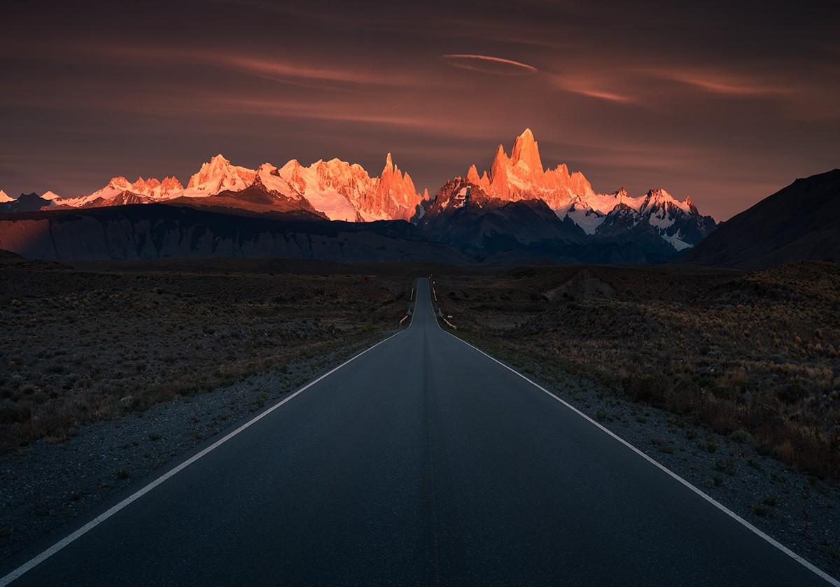Zdjęcia: Patagonia, Los Glaciares NP, W płomieniach, ARGENTYNA