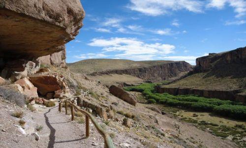Zdjecie ARGENTYNA / Santa Cruz (Patagonia) / okolice Bajo Caracoles / Szlak
