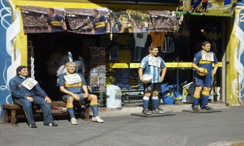 Zdjęcie ARGENTYNA / Buenos Aires / Dzielnica La Boca / Legendy Boca Juniors