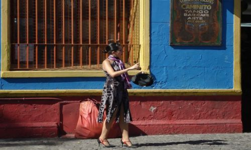 Zdjęcie ARGENTYNA / Buenos Aires / Dzielnica La Boca / Ktoś ma ochotę na tango ?