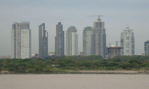 Zdjecie ARGENTYNA / Buenos Aires / Avellaneda / Dock Sud / Nowe Buenos